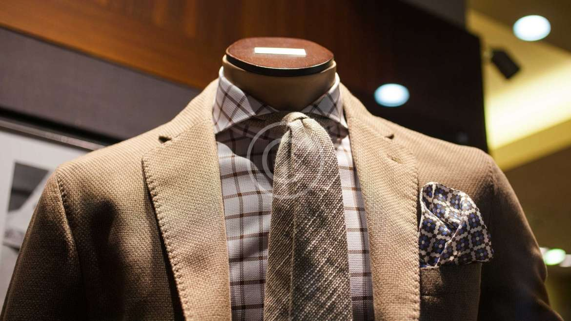 5 Benefits of Buying Custom Made Suits.